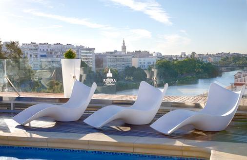 Ribera De Triana - Sevilla - Pool