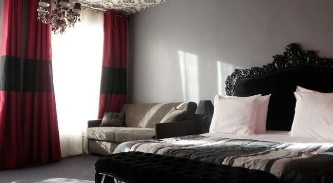 Ideal Hotel Design - Paris - Bedroom