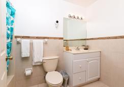 Bimini Sands Resort & Marina - Port Royal - Bathroom