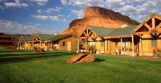 Sorrel River Ranch Resort - Moab - Building