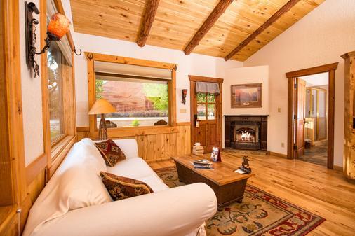 Sorrel River Ranch Resort - Moab - Living room