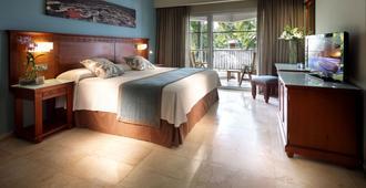 Grand Palladium Bavaro Suites Resort & Spa - Punta Cana - Bedroom