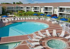 Hyannis Harbor Hotel - Hyannis - Pool