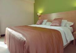 City Hotel - Podgorica - Bedroom