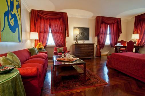 Bettoja Hotel Mediterraneo - Rome - Living room
