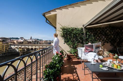 Hotel Degli Orafi - Florence - Balcony