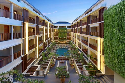The Magani Hotel and Spa - Kuta - Pool