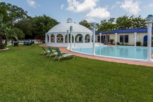 Days Inn Fort Myers Springs Resort - Fort Myers