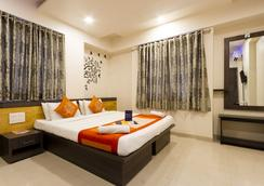 Fabhotel Imperio Baner - Pune - Bedroom