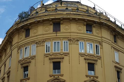Rome King Suite - Rome - Building