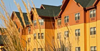 Americinn Hotel & Suites Fargo South - Fargo - Building