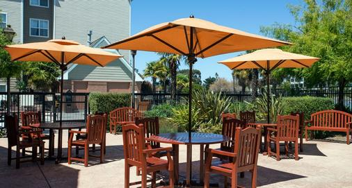 Residence Inn by Marriott San Francisco Airport Oyster Point Waterfront - South San Francisco - Patio
