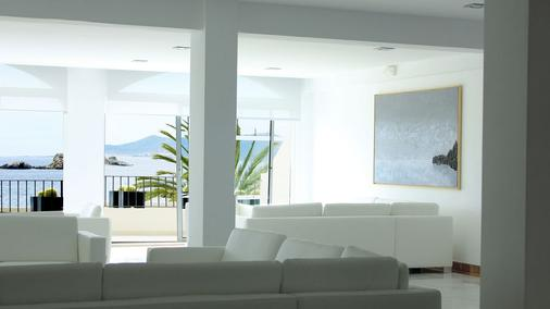 Hotel Nautico Ebeso - Ibiza - Hallway