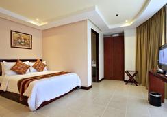 Hotel Centro - Puerto Princesa - Bedroom