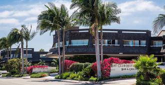 Bay Club Hotel & Marina - San Diego - Building