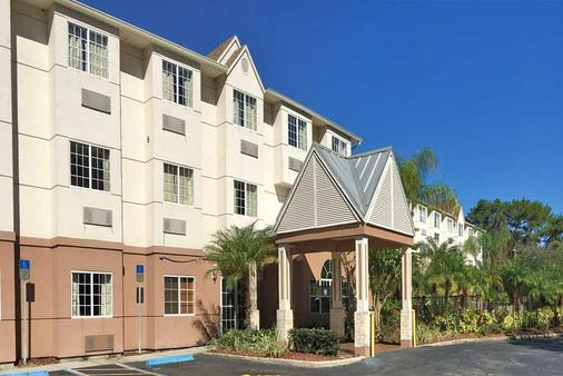 The Floridian Hotel and Suites - Orlando - Building