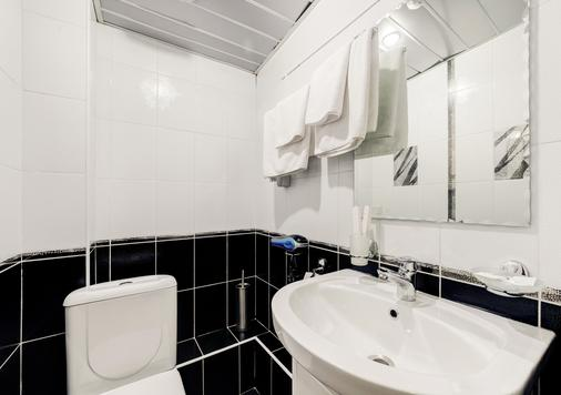 Frant Hotel on Zhukova - Volgograd - Bathroom