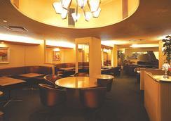 Hotel new Hankyu Osaka Annex - Osaka - Lounge