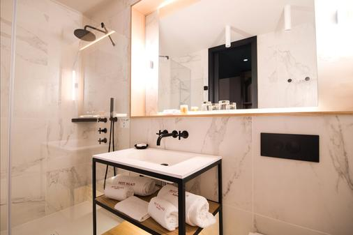 Icon Wipton By Petit Palace - Madrid - Bathroom