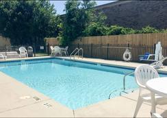 Studio 6 Pensacola, FL - Pensacola - Pool