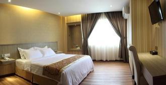 Mandarin Hotel - Kota Kinabalu - Bedroom