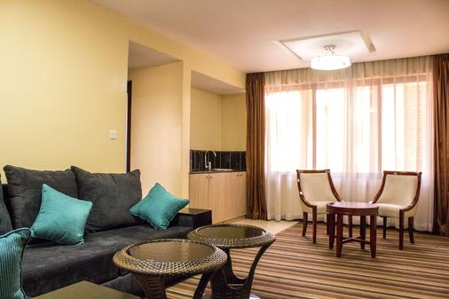 The Clarion Hotel - Nairobi - Living room