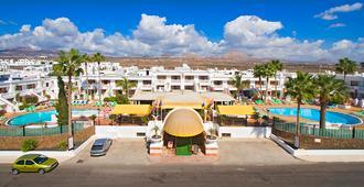 Montana Club Suite Hotel - Puerto del Carmen - Building