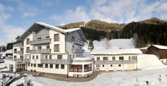 Hotel Sonnschupfer - Schladming - Outdoor view