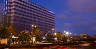 Expo Hotel Valencia - Valencia - Building
