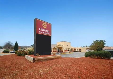 Quality Inn and Suites Haywood Mall Area - Greenville - Outdoor view