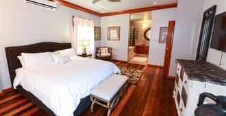Captain Morgan's Retreat - San Pedro Town - Bedroom