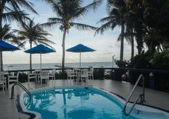 Blue Tang Inn - San Pedro Town - Pool