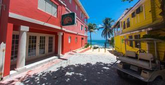 Mayan Princess Hotel - San Pedro Town - Building