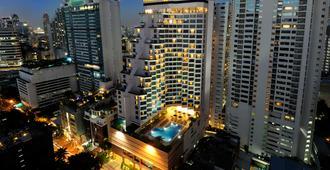Rembrandt Hotel Bangkok, Member Of Warwick Hotels - Bangkok - Building