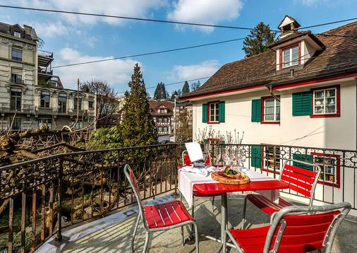 Hotel Rebstock Luzern - Lucerne - Balcony