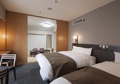 Dormy Inn Shinsaibashi Hot Spring - Osaka - Bedroom