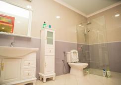 Ondhigo Villa - Addu City - Bathroom