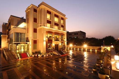Ameya Suites - New Delhi - Building