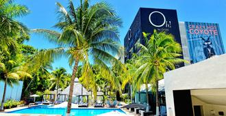 Oh! The Urban Oasis - Cancun - Building
