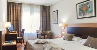 Hotel Infantas de León - León - Bedroom