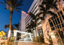 Riu Plaza Miami Beach - Miami Beach - Building