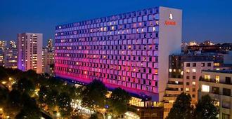 Paris Marriott Rive Gauche Hotel and Conference Center - Paris - Building