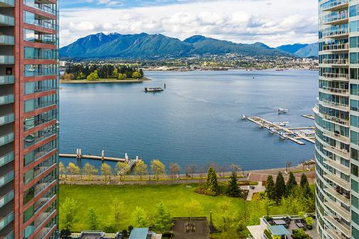 Pinnacle Hotel Harbourfront - Vancouver - Outdoor view