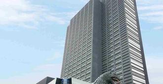 Hotel Gracery Shinjuku - Tokyo - Building