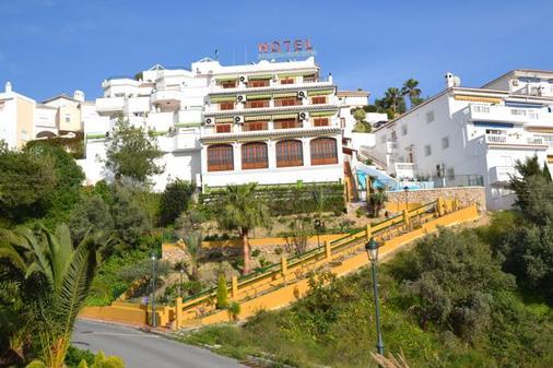 Hotel Jose Cruz - Nerja - Outdoor view