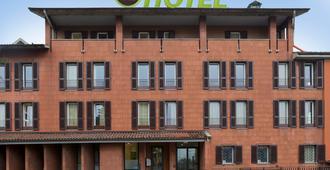 B&B Hotel Bergamo - Bergamo - Building