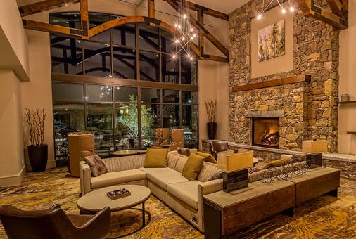 Courtyard by Marriott Pigeon Forge - Pigeon Forge - Lobby