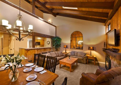 Aston Lakeland Village Beach & Mountain Resort - South Lake Tahoe - Dining room