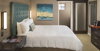 Wave Street Inn - Monterey - Bedroom