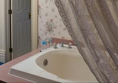 Castle Marne Bed & Breakfast - Denver - Bathroom
